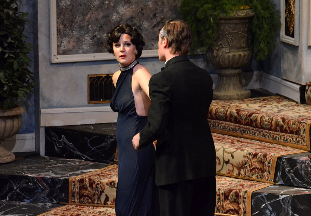 David Bliss seducing his son, Simon's, guest, Myra Arundel.