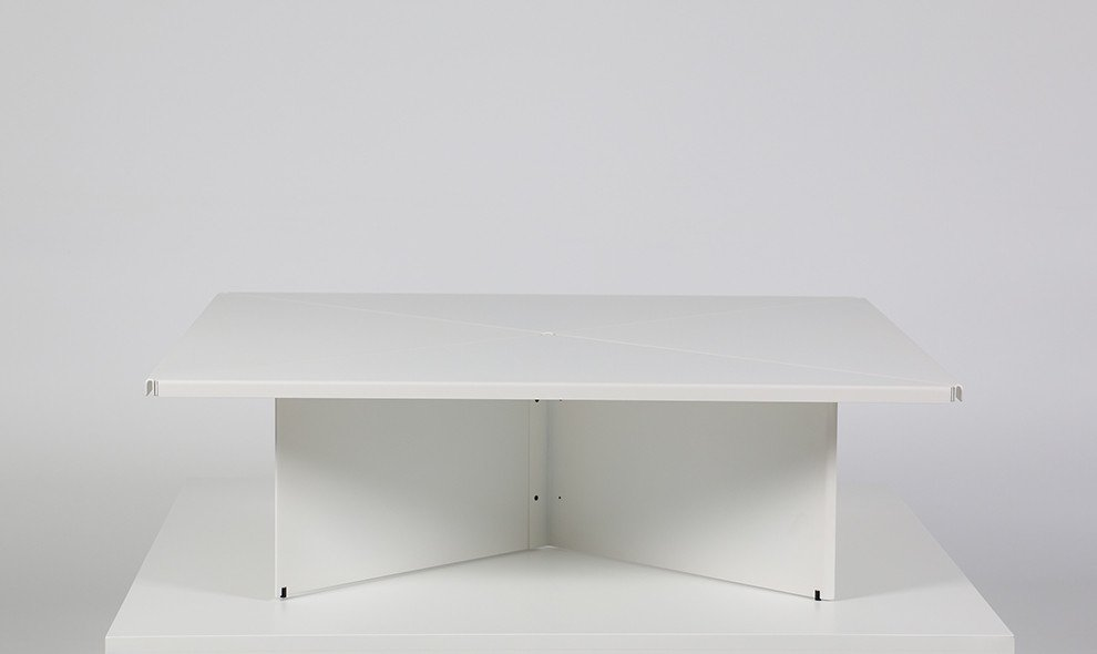steel -BNT-001 coffee table by LIXHT