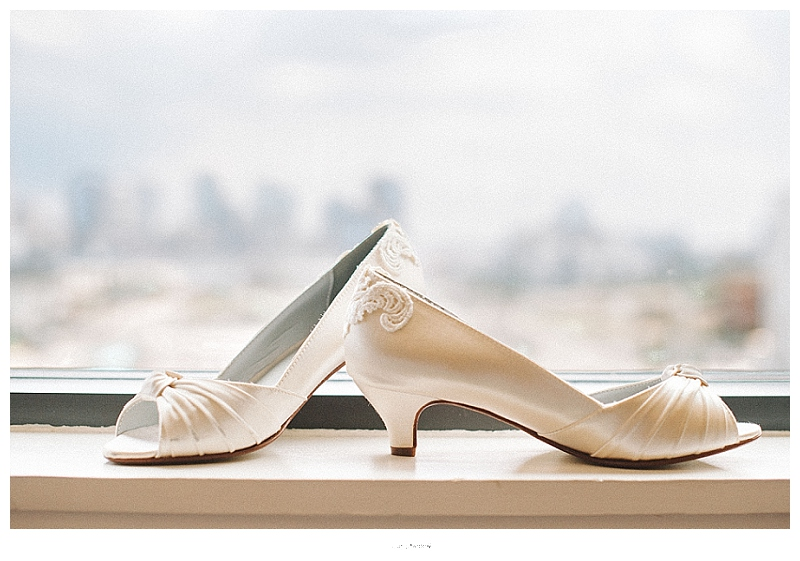 bride's shoes, details