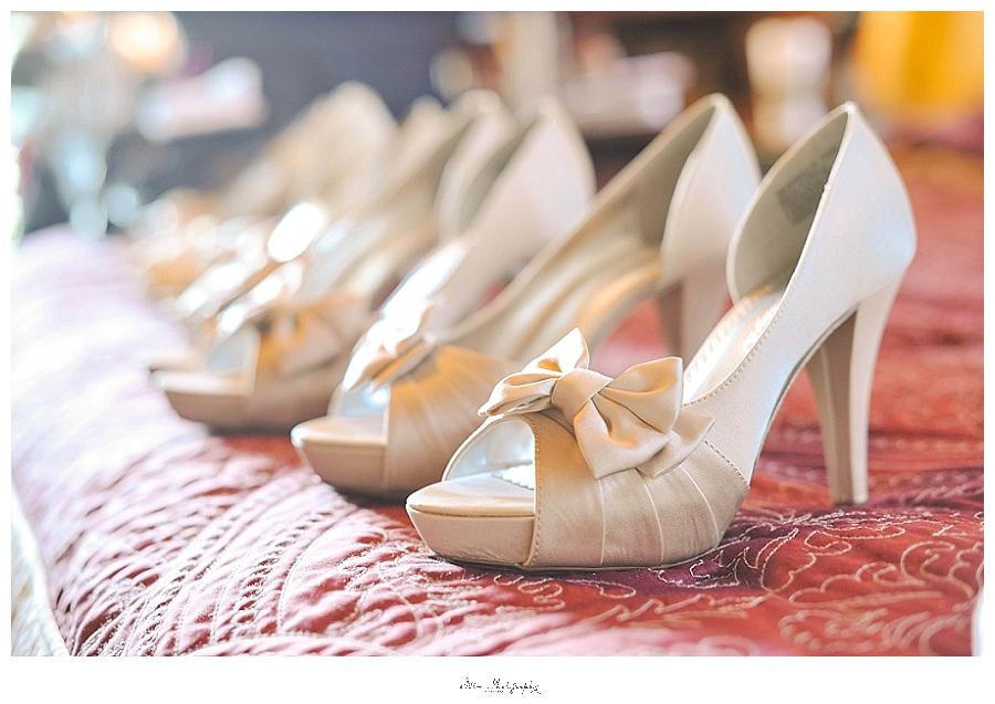wedding photos of bridesmaids shoes