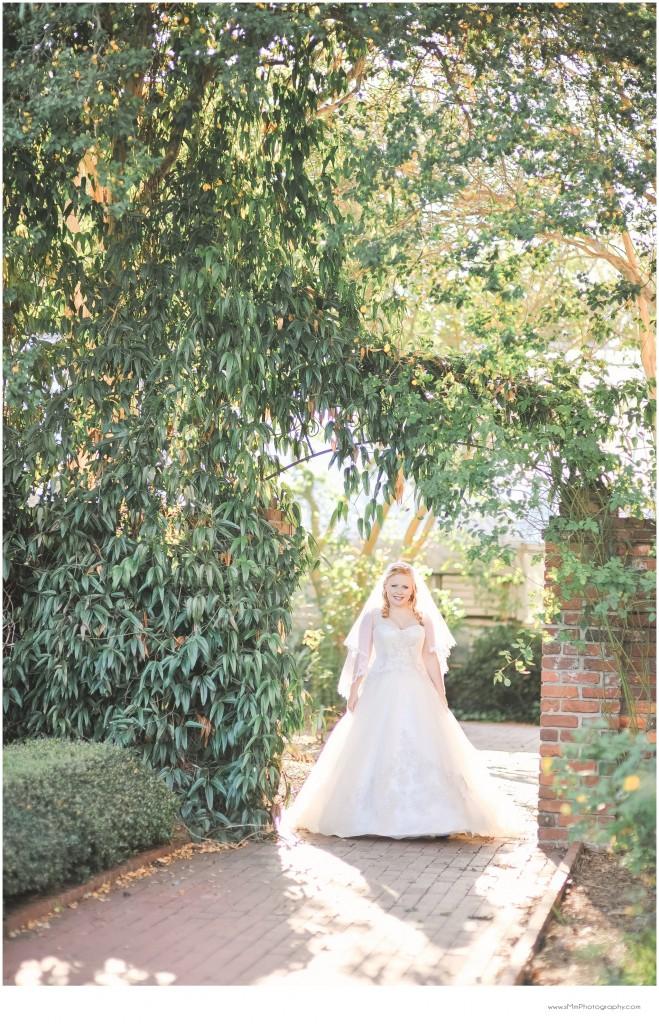 USC Bridal portraits - columbia horseshoe_bride_stacey 11