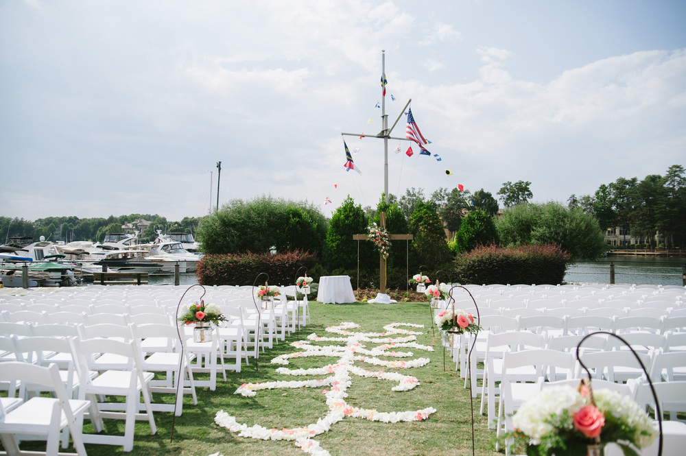 Lake Norman Yacht Club Wedding-29.jpg