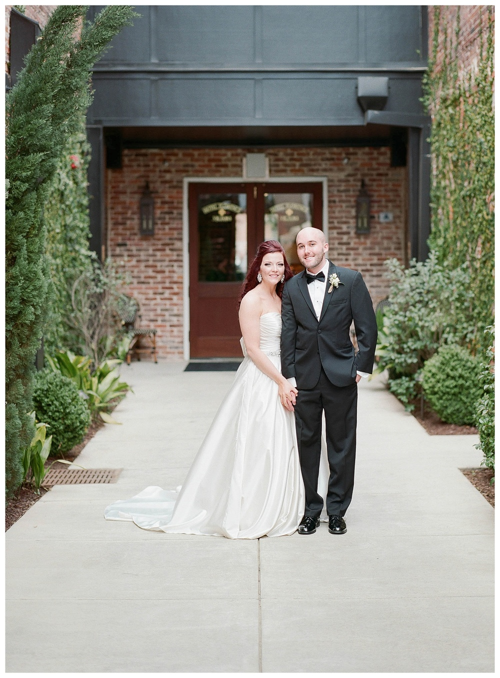 couple's wedding photo for wedding at Hotel Florence, SC
