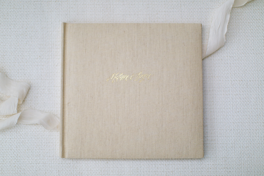 Image from https://heirloombindery.com/.We're excited to offer albums from the Heirloom Bindery this Fall!