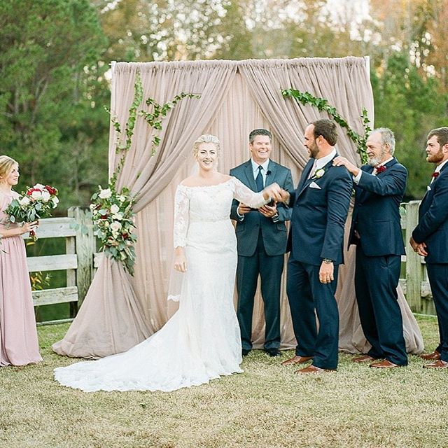That's one proud groom, but his daddy might just as proud to now have a daughter!! Congratulations @ksmedders & Tandy! // vendor team: @sparkles_eventsdecoranddesign @djdavidfox @spikebarservice @strawberrysalon @ruthshouse @colbeelynnphotography @biggscamera @pepperplantation @minted @dananorton @wanderinghues
