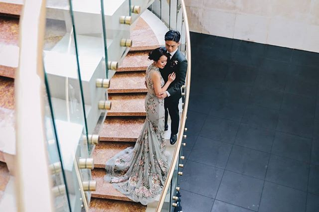 . . . #sgbride #sgwedding #sgweddings #sgbridesmaids #ritzcarlton #ritzcarltonsingapore #singapore #sgbrides  #sgweddingphotography #sgweddingphotographer #theweddingscoop #thebridestory #cinobicinobi