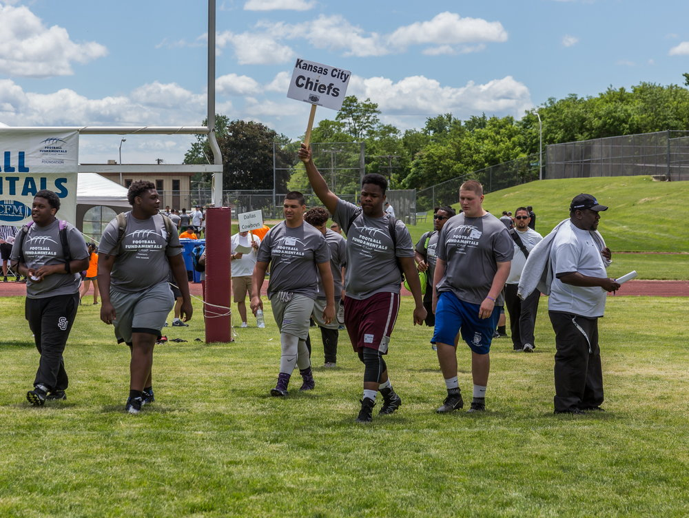 CFM Football Camp 2017_-1403_resize.jpg