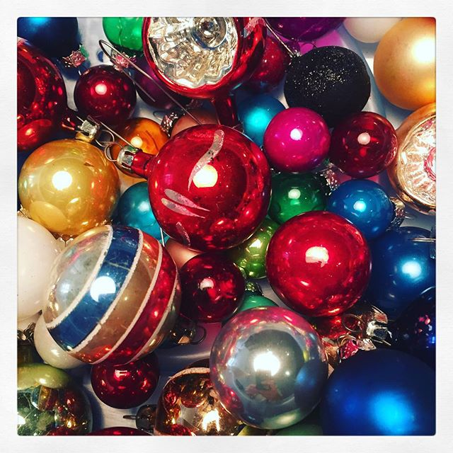 Deck the Halls #teadysetgo #happy #holiday #holidayparty @playworkgroup #christmas #2015 #cheer #fun #color