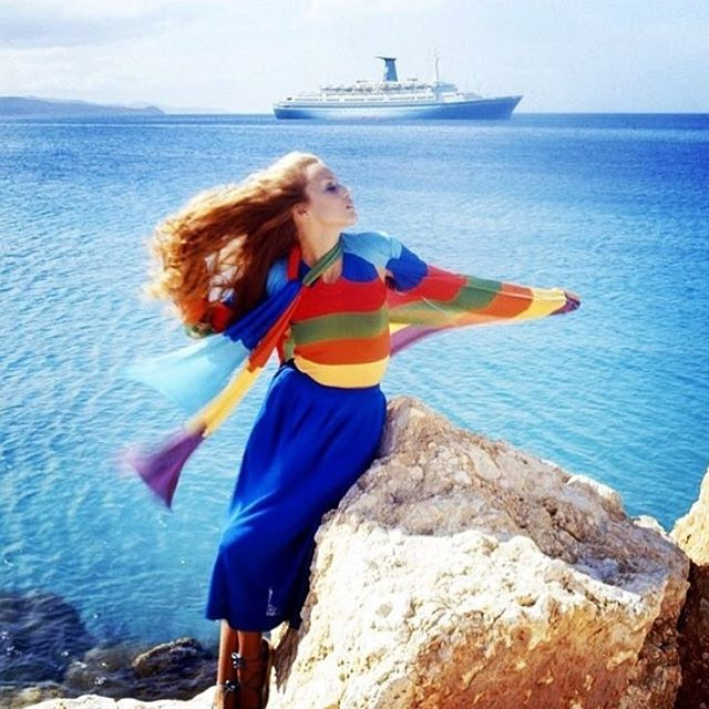 Jerry in Jamaica #photography by #normanparkinson #1975 #jerryhall @voguemagazine #archives #jamaica