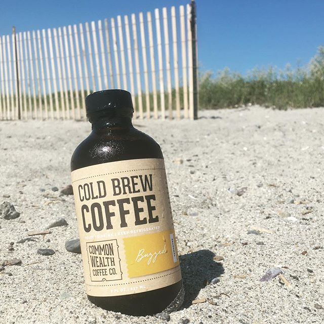Happy Independence Day!🇺🇸⛱🎉 We hope you enjoyed the #summer festivities and drink responsibly ... with a cold brew #Buzzed #drinkcoldbrew