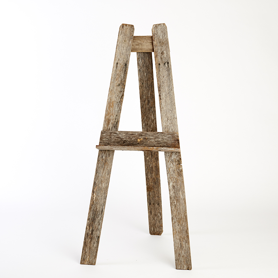 reclaimed timber floor standing easel | natural — sydney wedding