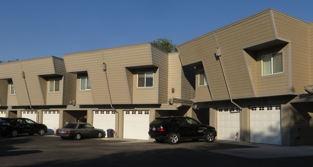 Toscono Townhomes_opt.jpg