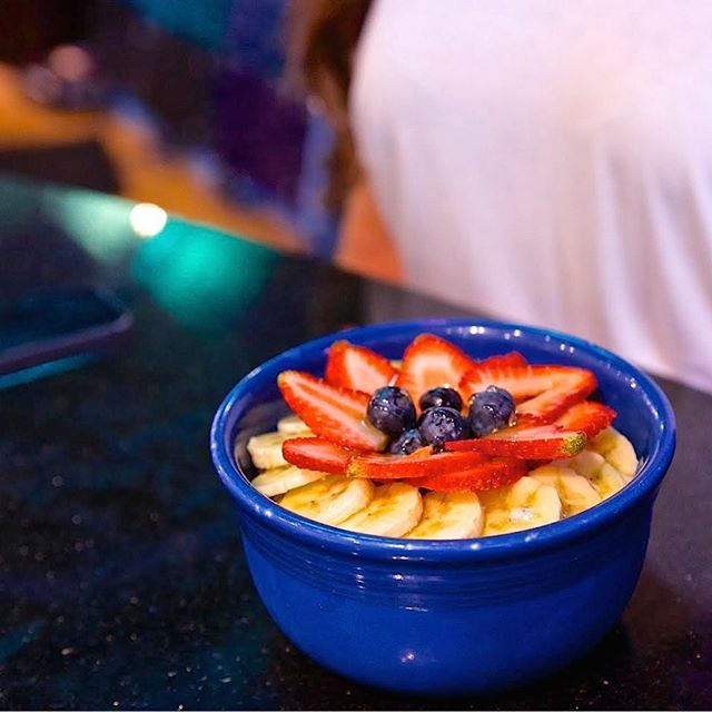 Do you açai? Healthy lunch is waiting for you. #acai #livealoha #livehealthy #bluehawaiilifestyle