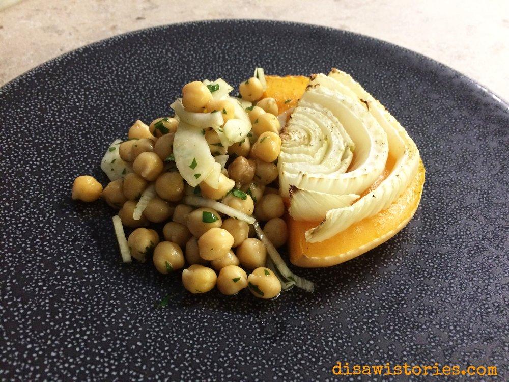 Kichererbsen Salat mit Ofengemüse