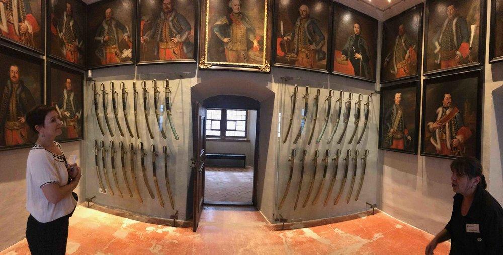 #SchlossForchtenstein #esterhazy #waffen #bildarsenal #führung.jpg