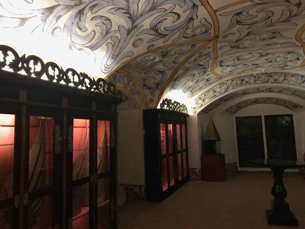 #SchlossForchtenstein #esterhazy #schatzkammer #wandmalerei.jpg