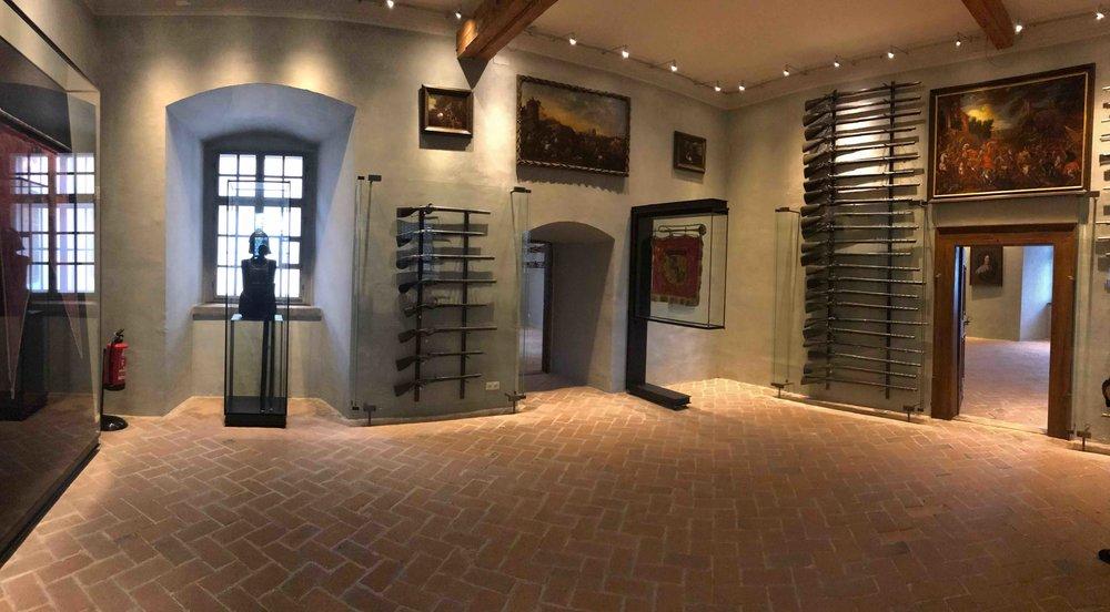 #SchlossForchtenstein #esterhazy #waffe.jpg