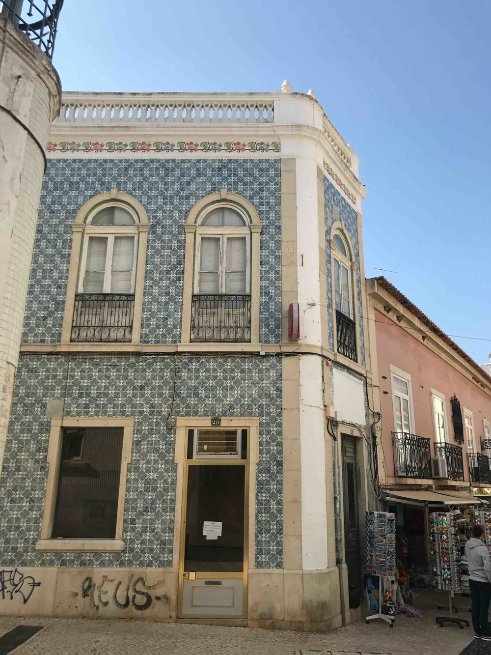 #disawistories #reiseblog #portugal #algarve #lagos #oldtown #surfen.jpg