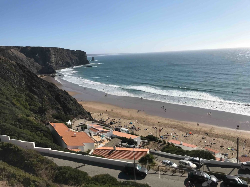 #disawistories #reiseblog #portugal #algarve #arrifana #surfen #view.jpg