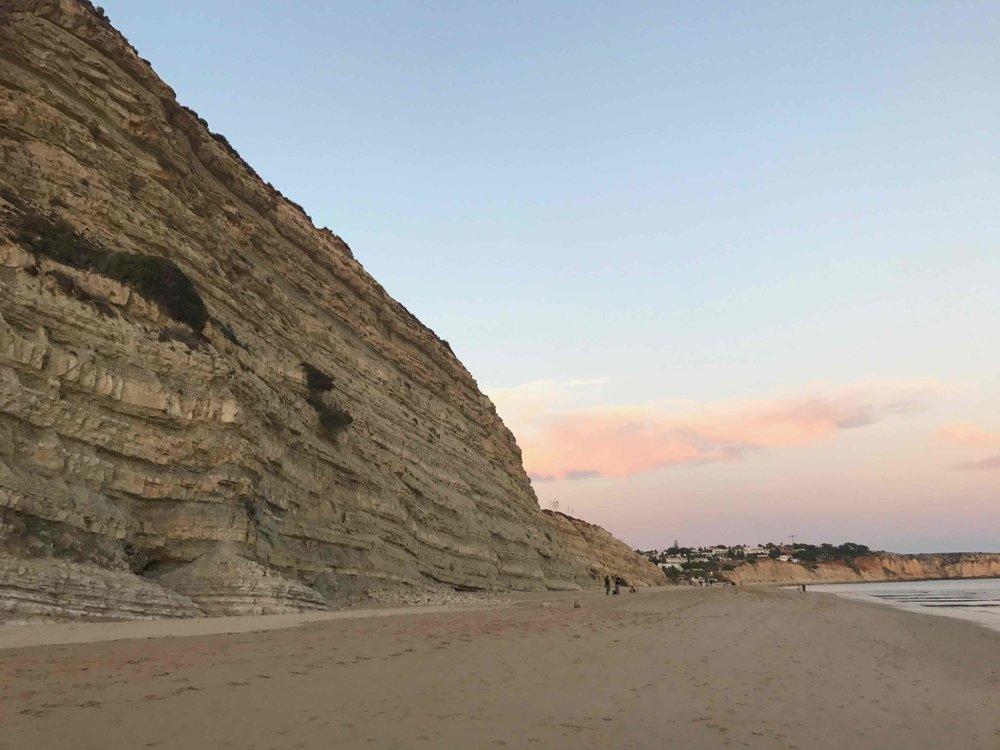 #disawistories #reiseblog #portugal #algarve #portodemos #sonnenuntergang1 #surfen.jpg