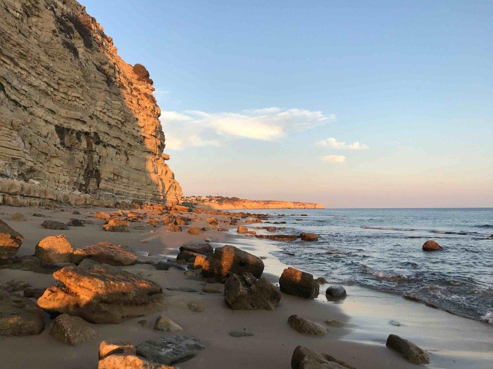#disawistories #reiseblog #portugal #algarve #portodemos #sonnenuntergang #surfen.jpg
