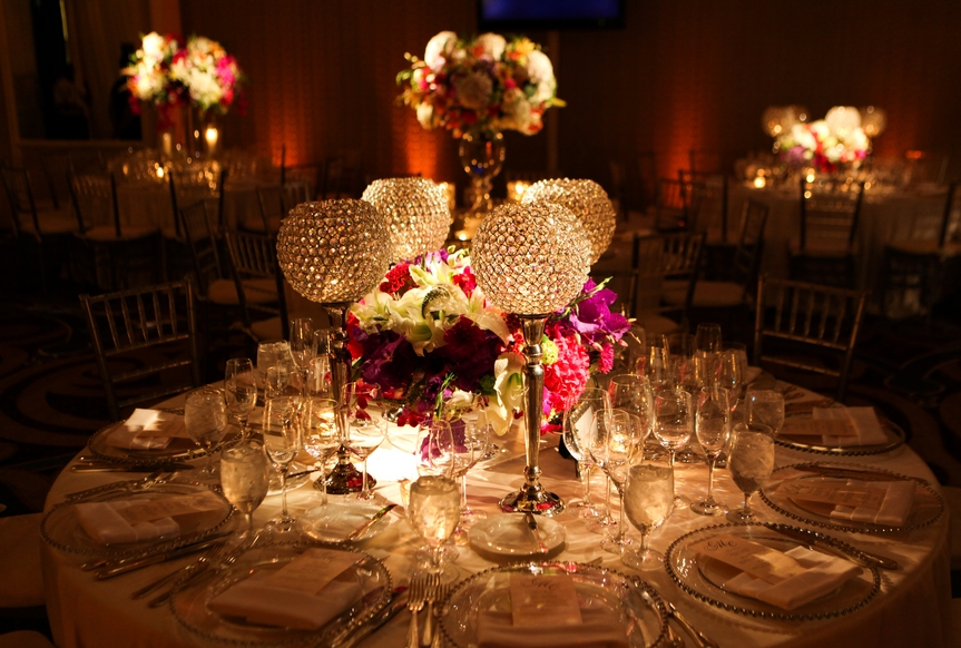 glamorous-weddings-traditional-decor-summer-flowers-four-season-hotels-evantine-design.jpg