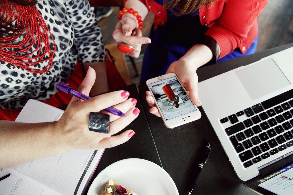 Web-design-branding-Sarah-Cook-Social-Media-Strategist