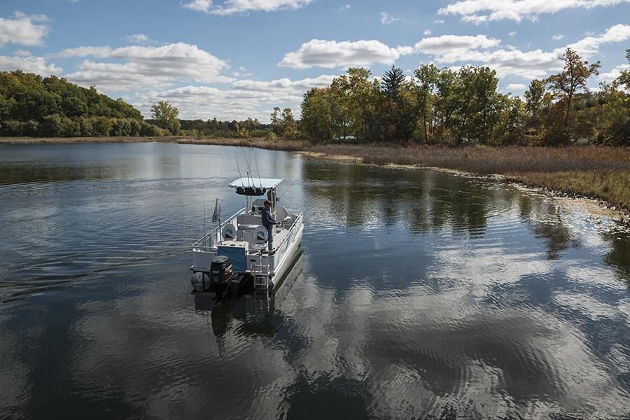 Angler-Qwest-820-Pro-Fish-90.jpg
