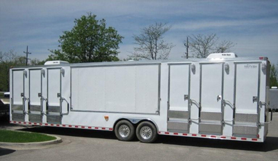 0908_custom_trailers.jpg