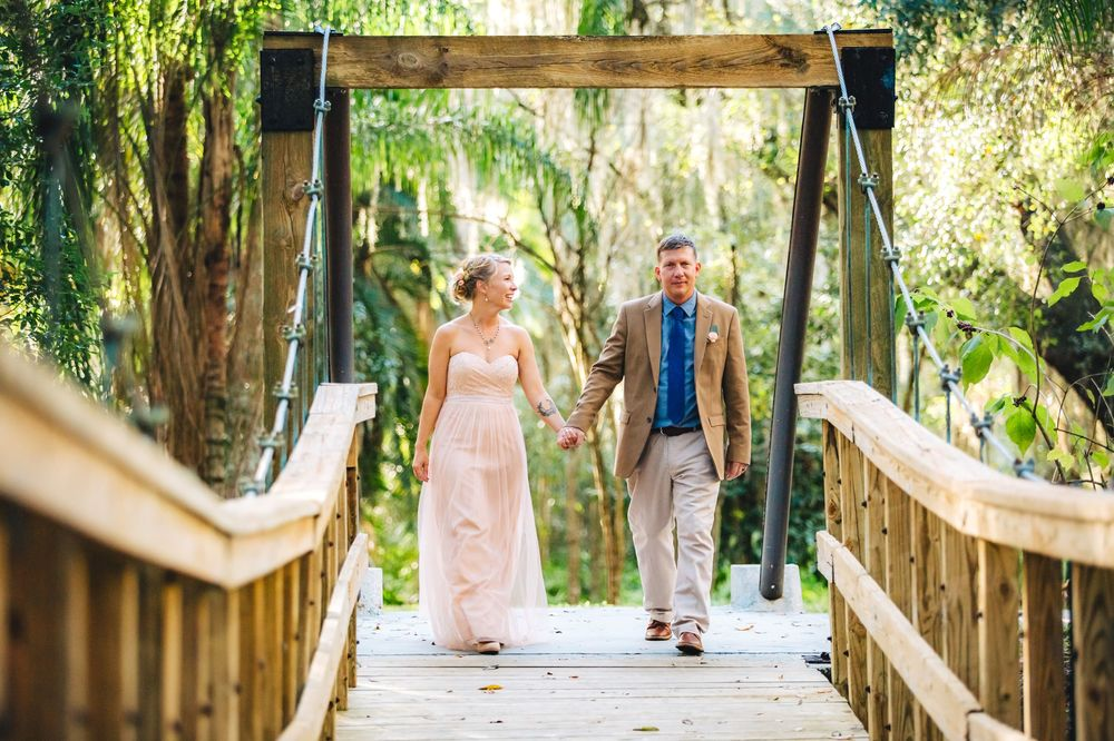 Langford Park Orlando Swing Bridge Wedding photos by ShainaDeCiryan.jpg
