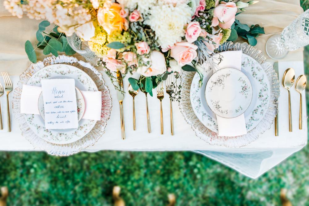 St. Augustine fine art wedding castillo de san marco floral wedding photographer shaina deciryan 28.jpg