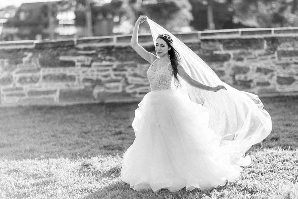 St. Augustine fine art wedding castillo de san marco floral wedding photographer shaina deciryan 49.jpg