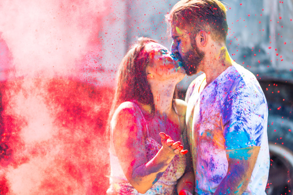 romantic holi powder engagement session by cocoa beach photographer Shaina