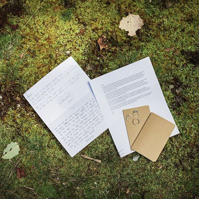 Love letters and vow books are such a wonderful way to capture your feelings in words, to share with your love now and look back on in the future. 🌿 . . . . . #elopementcollective #vowbooks #ashevilleelopement #elopmentphotographer #seattleweddingphotographer #seattleelopementphotographer #natureweddings #shainadeciryanphotography #junebugweddings