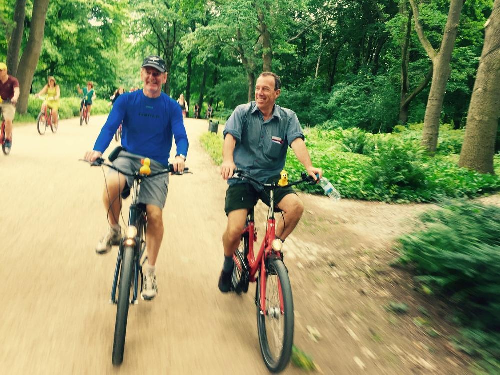 Gerard e Dietrich em suas Fat Tire Bikes!