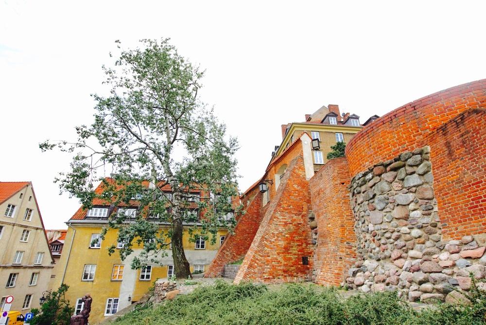 Muralha da cidade histórica