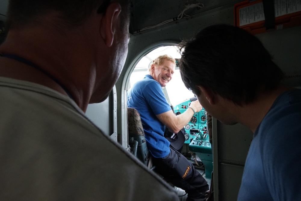 "Gerard ""pouco"" feliz de entrar num Antonov AN2"
