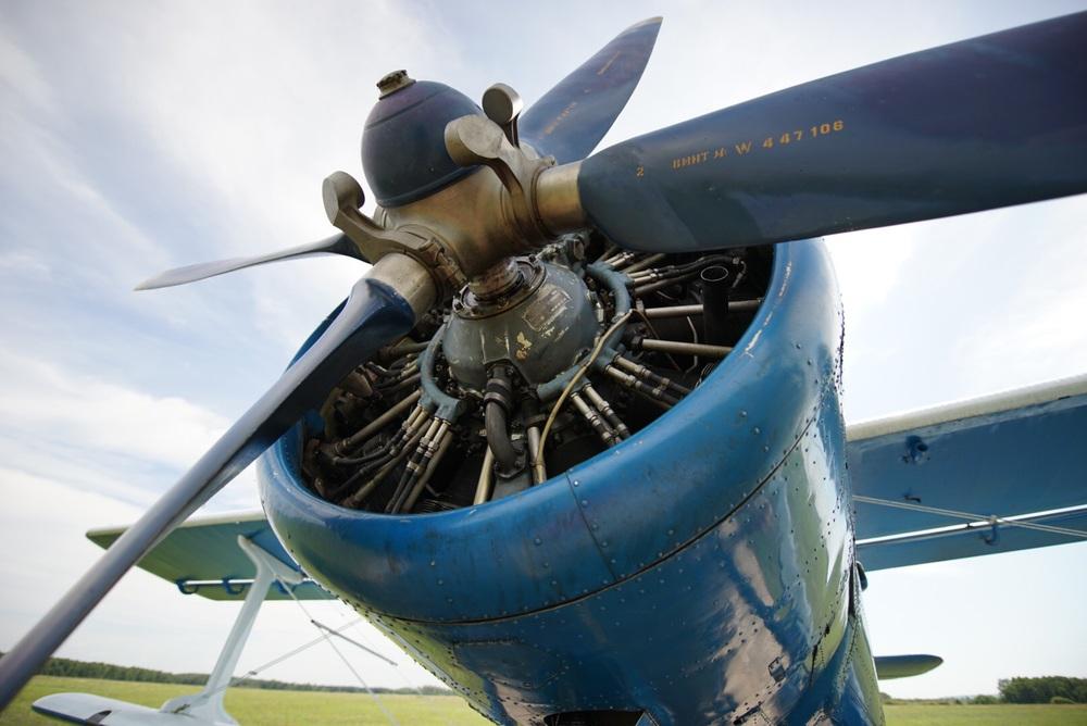 AN2 e seu motor a pisttão que consome 200 litros de gasolina por hora!