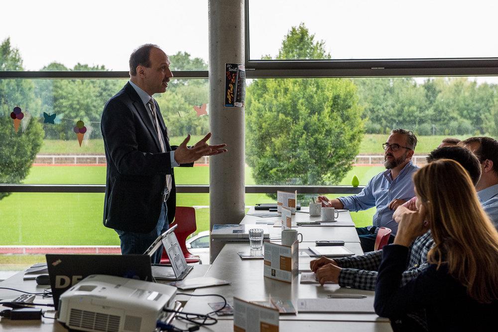 Best Practice am Gymnasium Herzogenaurach - Schulleiter OStDNorbert Schell