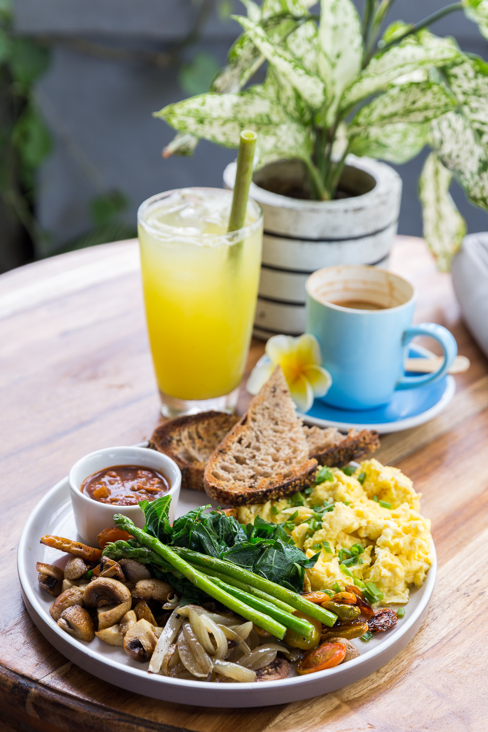 My Canggu breakfast cafe guide - Bali