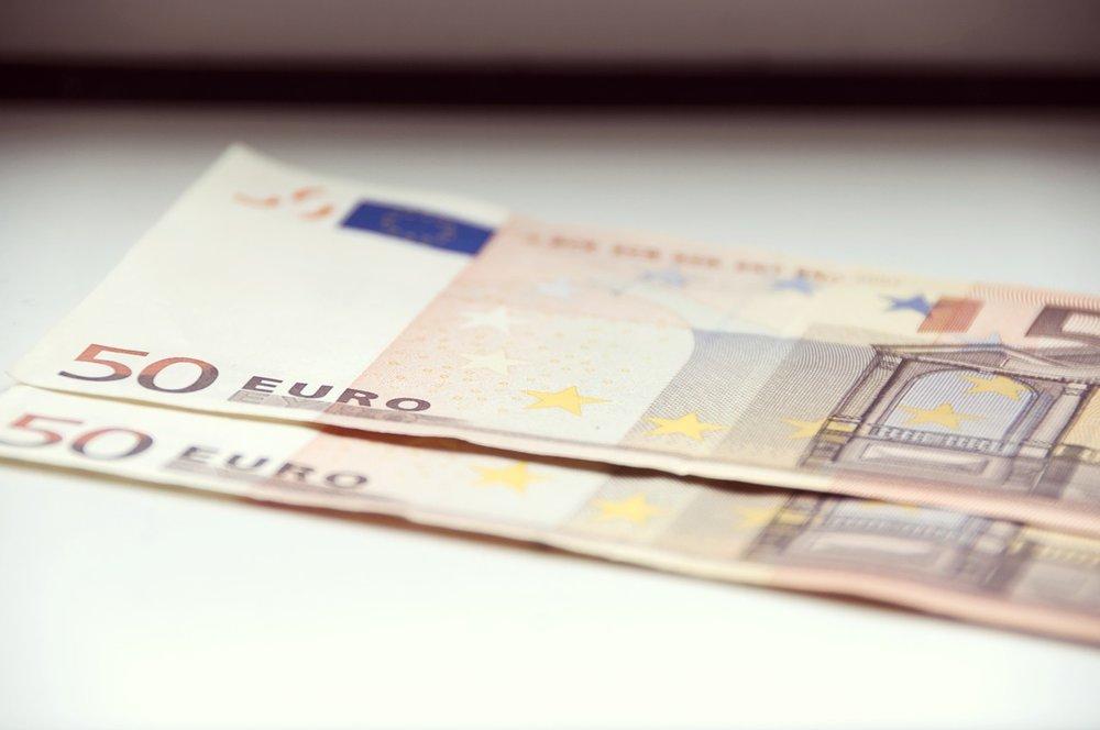 cash-2259076_1280.jpg