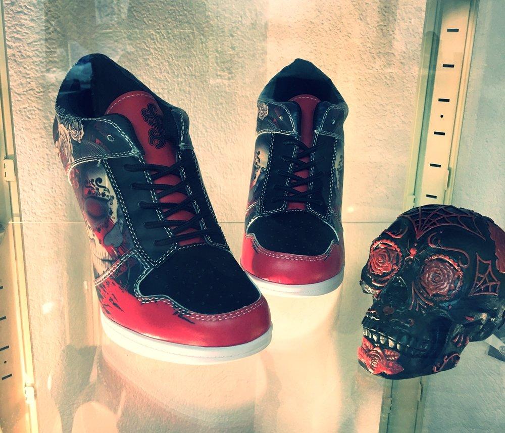 barmetal shoes.JPG