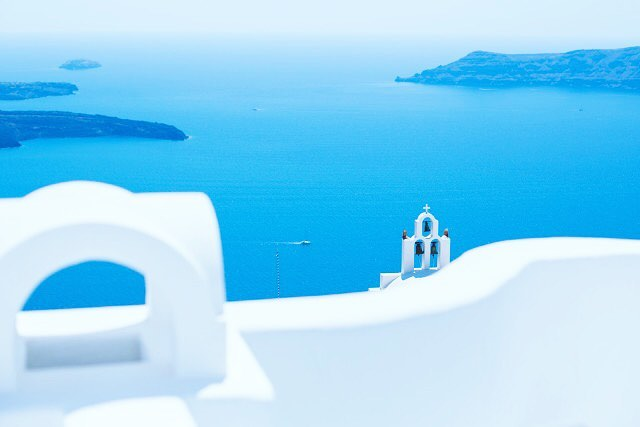 Mediterranean summers calls for #santorinisandals . . . . . . #weekend #saturdaymood #santorini #summer #summerstyle #vacation #blue #ocean #mediterraneansea #sea #architecture #cleanliving #island #holiday #lifestyle #weekendvibes #resort #instagood #instatravel #travelgram #goodvibes #nature #naturephotography #sailor #inspiration #globetrotter #designer #greece #mykonos