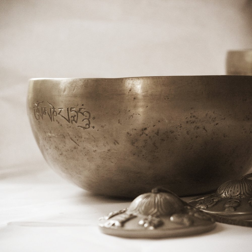 singing-bowls-1615498_1920.jpg