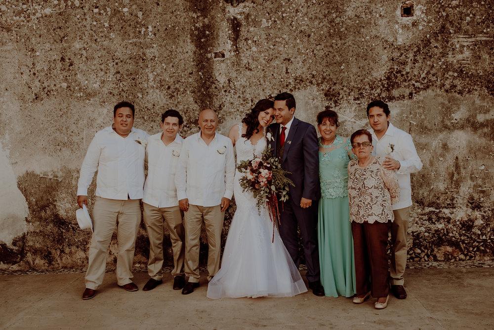 0274M&Jss_HaciendaTekikDeRegil_WeddingYucatan_WeddingDestination_FotografoDeBodas_FabrizioSimoneenFotografo_WeddingMexico.jpg