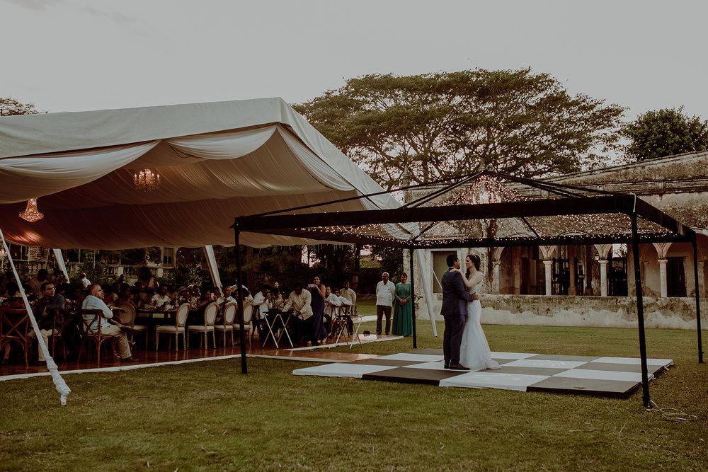 0334M&Jss_HaciendaTekikDeRegil_WeddingYucatan_WeddingDestination_FotografoDeBodas_FabrizioSimoneenFotografo_WeddingMexico.jpg