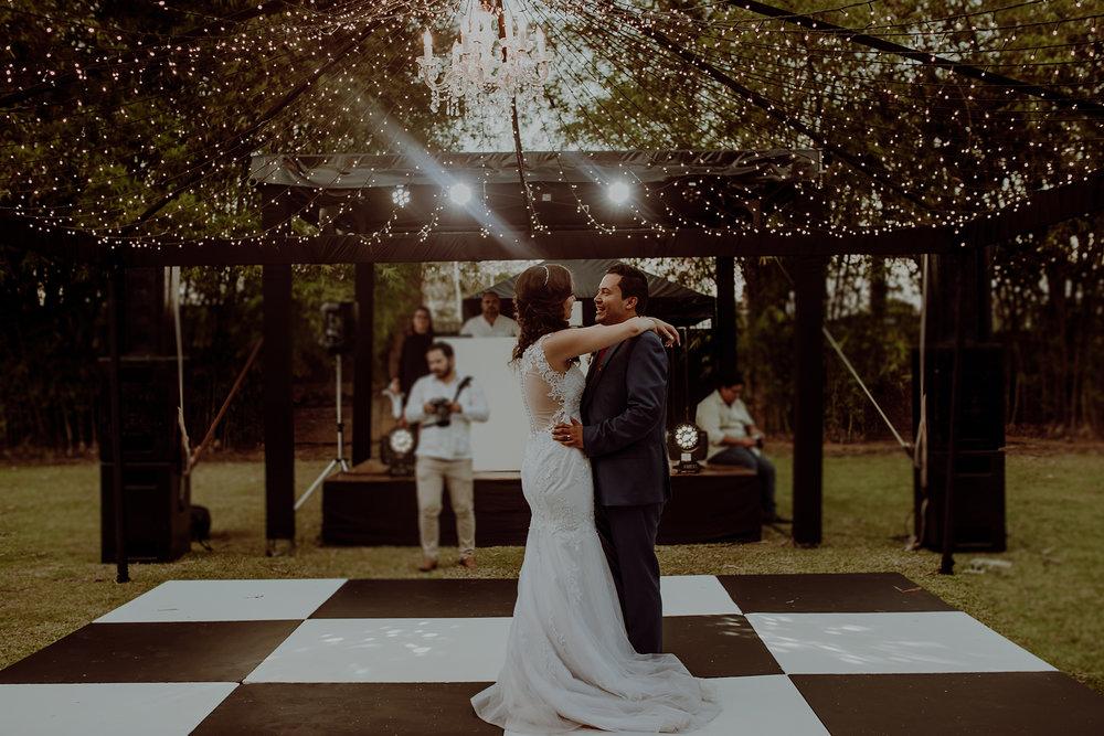 0341M&Jss_HaciendaTekikDeRegil_WeddingYucatan_WeddingDestination_FotografoDeBodas_FabrizioSimoneenFotografo_WeddingMexico.jpg
