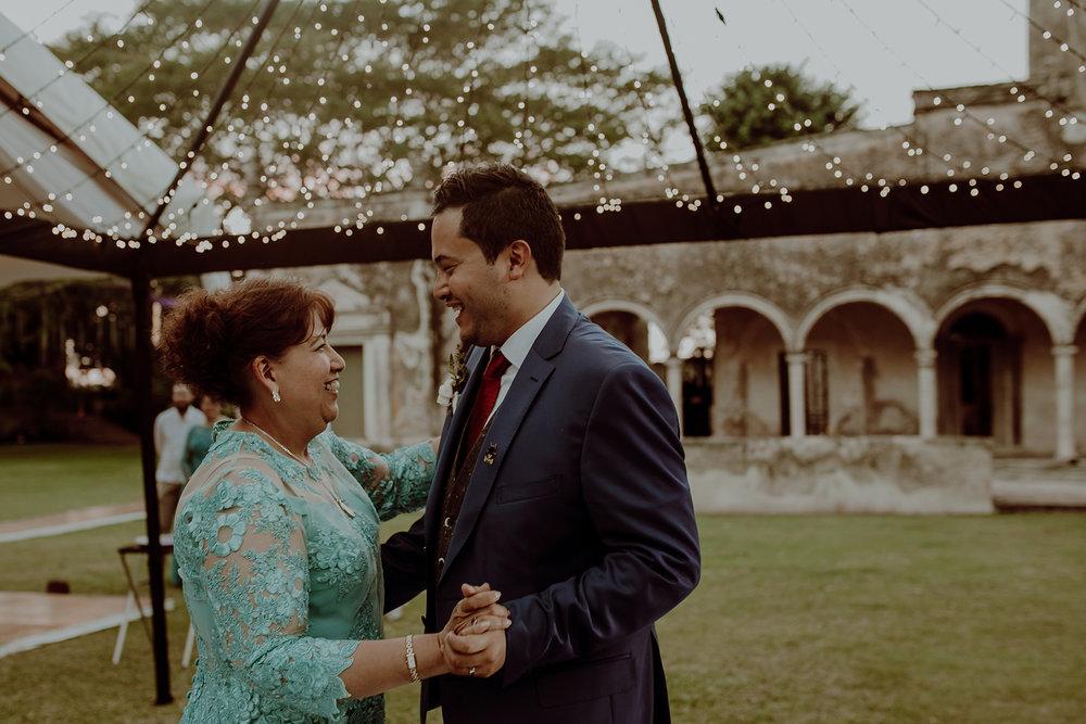 0353M&Jss_HaciendaTekikDeRegil_WeddingYucatan_WeddingDestination_FotografoDeBodas_FabrizioSimoneenFotografo_WeddingMexico.jpg
