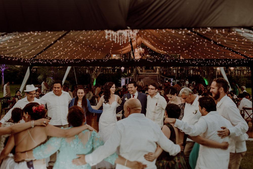 0376M&Jss_HaciendaTekikDeRegil_WeddingYucatan_WeddingDestination_FotografoDeBodas_FabrizioSimoneenFotografo_WeddingMexico.jpg