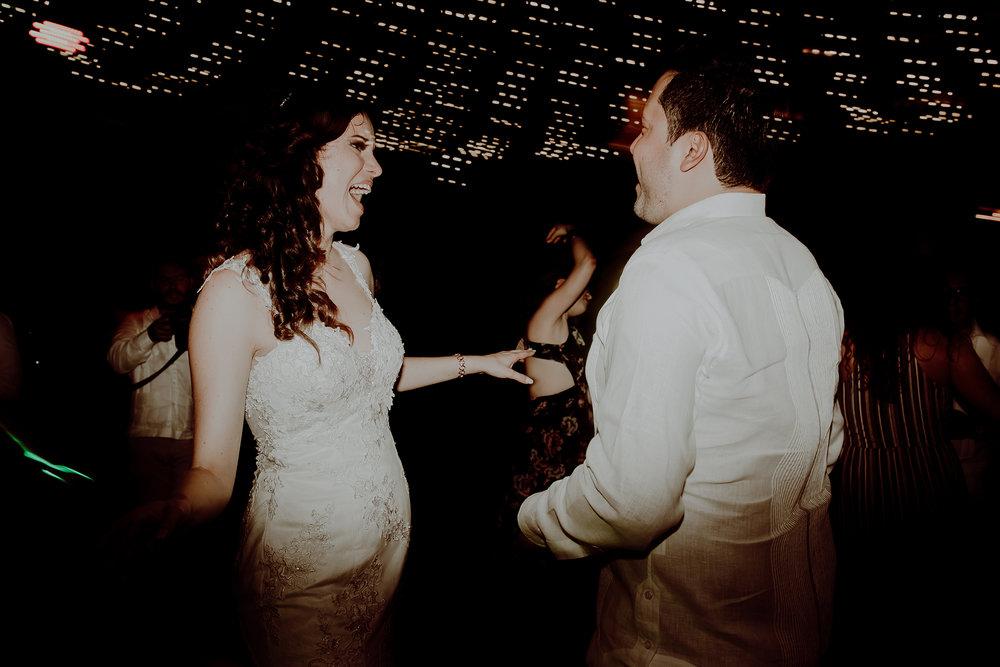 0478M&Jss_HaciendaTekikDeRegil_WeddingYucatan_WeddingDestination_FotografoDeBodas_FabrizioSimoneenFotografo_WeddingMexico.jpg